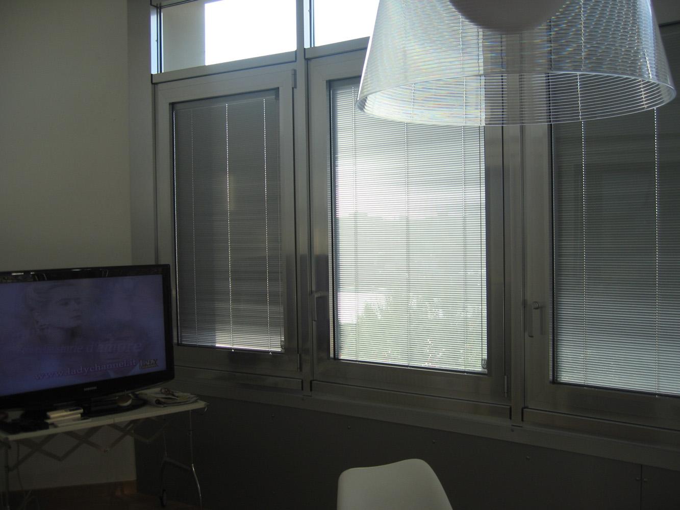 Veranda in alluminio con veneziane a Bari, Brindisi e in Puglia - 2