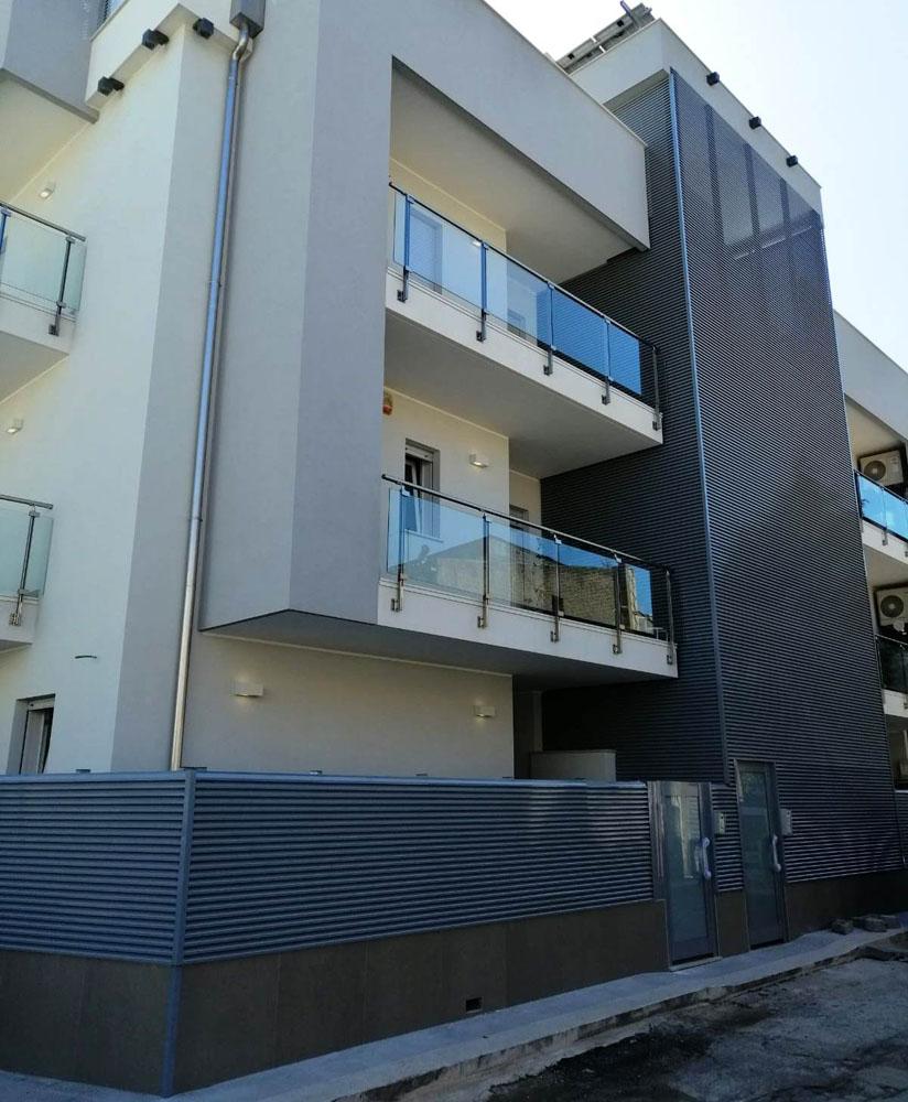 Balconi e ringhiere trasparenti a Bari, Brindisi e in Puglia - 3