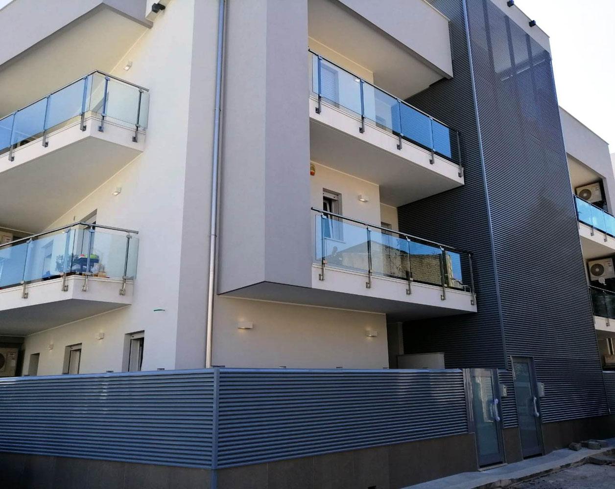 Ringhiere e balconi a Bari, Brindisi e in Puglia