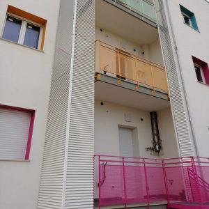 Coperture colorate frangisole per balconi con lamelle - Bari, Brindisi, Puglia - 1